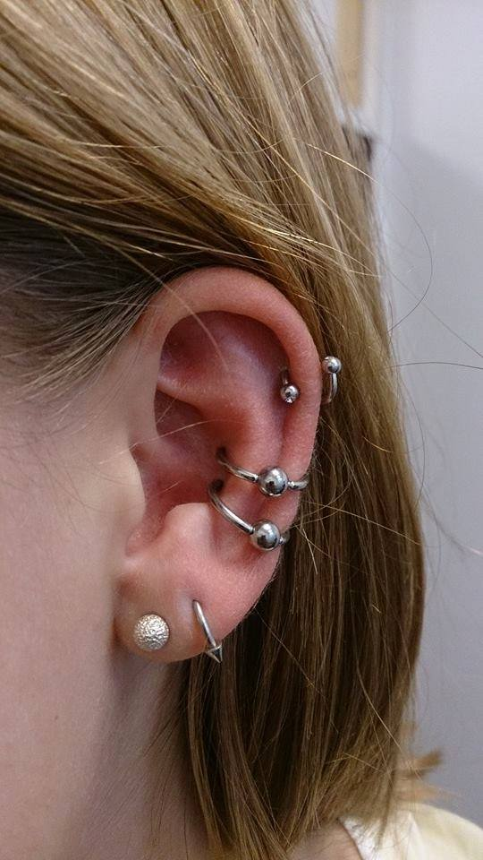 Dobbelt Conch piercing cartilage brusk piercing unisex segment ring