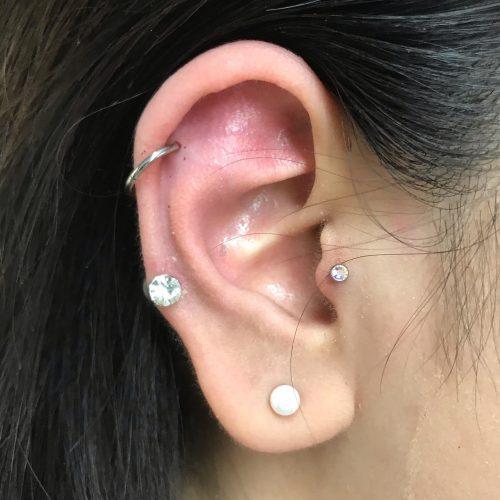 helix tragus piercing piercings