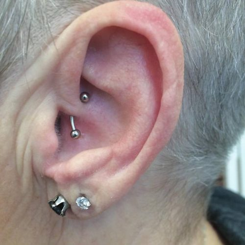 Daith piercing med banbell bananabell migræne migraine