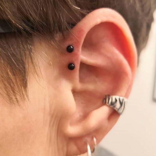double forward helix piercing dobbelt front helix
