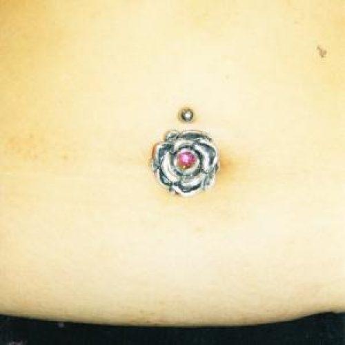 navle piercing med skjold shield navel shield