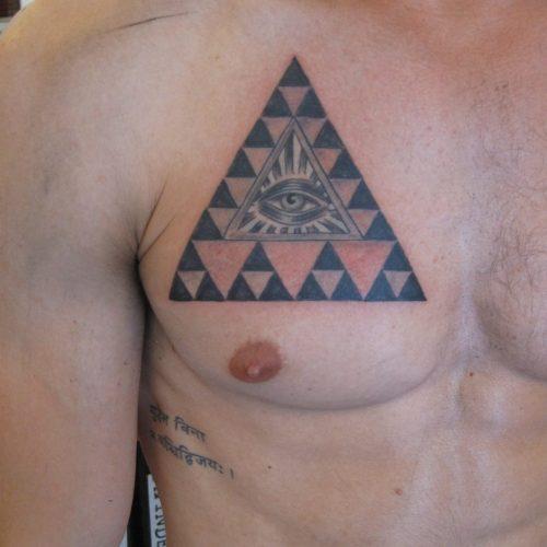 triangle tattoo illuminati eye tatovering