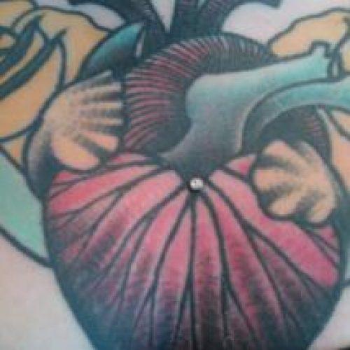 dermal in tattoo tatovering dermals piercing bodymod bodyart onepoint dermal