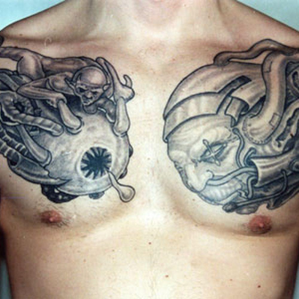 Oldschool horror tattoo flesh bio mecanical