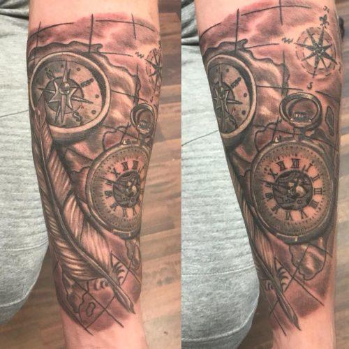 Kompas compas tattoo tatovering skygger black and grey