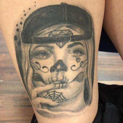 Suger skull tattoo tatovering badass woman