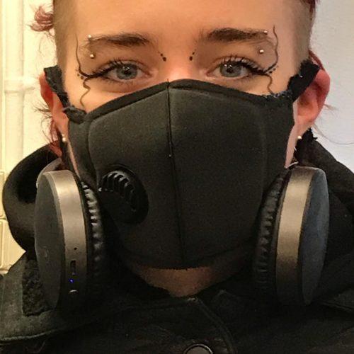 øjebryn piercing eyebrow