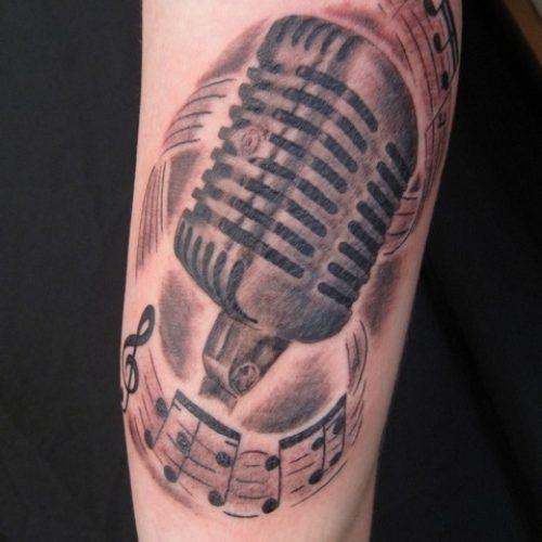 michrophone tattoo mikrofon tatovering traditional traditionel